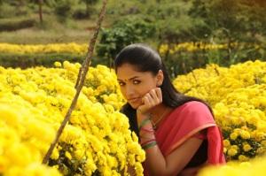 ஒருமுறை Sunaina_pandioliperukkinilayam_movie28629