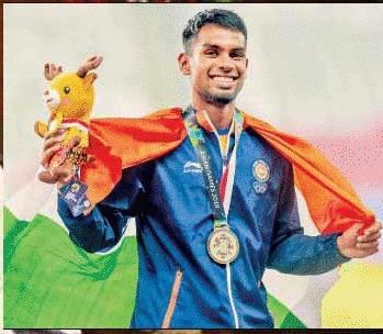 ஆசிய போட்டியில் வெள்ளிப்பதக்கம் வென்ற தமிழக வீரர் தருண் அய்யாச்சாமிக்கு ரூ. 30 லட்சம் ஊக்க தொகை 201808281447230402_asian-game-silver-won-for-the-tamil-nadu-player-rs-30-lakh_secvpf