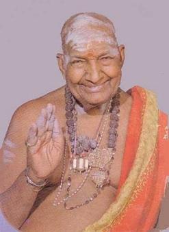 மனைவியிடம் கோபிக்காதீர்கள் – திருமுருக கிருபானந்த வாரியார் Variar1