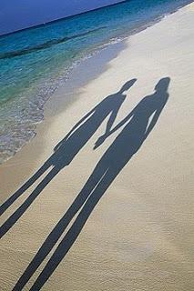 நிழல்கள்…(கவிதை) Fb3b9-shadow1